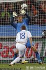图文:荷兰2-1斯洛伐克 斯特克伦博格神勇扑救