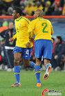 图文:巴西3-0智利 麦孔与胡安
