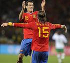 图文:西班牙1-0葡萄牙 拉莫斯拥抱布斯克茨