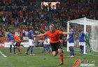 图文:荷兰2-1巴西 库伊特飞翔