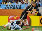 高清:德国4-0胜阿根廷 穆勒克洛泽双创纪录