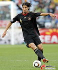 图文:阿根廷0-4德国 赫迪拉带球