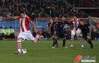 图文:巴拉圭0-1西班牙 卡多佐主罚点球