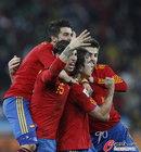 图文:德国0-1西班牙 拉莫斯很激动