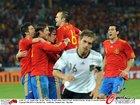 图文:德国VS西班牙 失望的拉姆