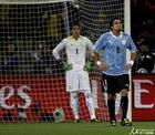 图文:乌拉圭VS荷兰 穆斯莱拉很无奈