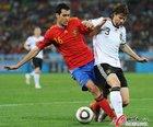 图文:德国0-1西班牙 布斯克茨拦截