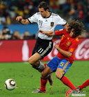 图文:德国VS西班牙 克洛泽无能为力