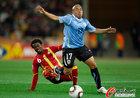 图文:乌拉圭VS加纳 里奥斯倒地
