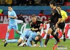 德国3-2乌拉圭 弗兰和小猪争抢