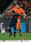 图文:荷兰VS西班牙 范博梅尔压人