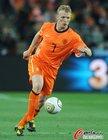 图文:荷兰VS西班牙 库伊特带球