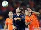 图文:荷兰VS西班牙 拉莫斯停球
