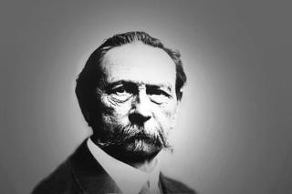 戴姆勒-奔驰创始人之一