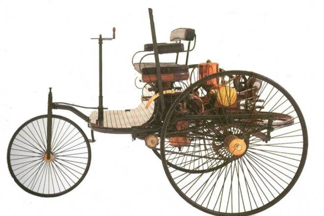 本茨所研制的世界上第一辆汽车(样图)