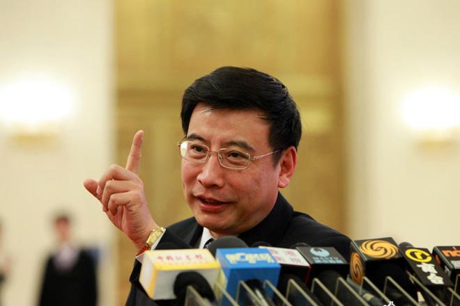 十一届全国人民代表大会上的苗圩接受采访