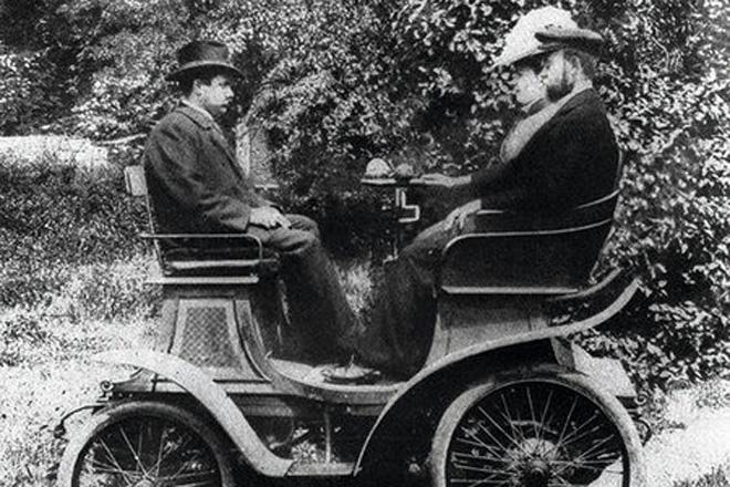 霍希先生的第一辆车